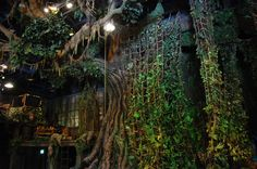 Nice jungle set - I can almost feel the humidity. Tarzan Musical, Jungle Party, Jungle Room, Safari Party, Stage Props, Stage Decorations, Safari Theme, Jungle Safari, Disneyland Photos