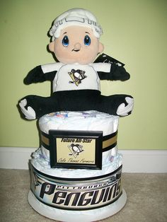 @Natalie Jost Clifton - Sport Team Diaper Cakes! Mini Pittsburgh Penguins Cake