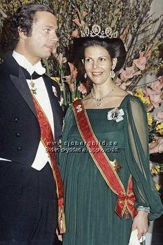 a pregnant Queen Silvia in the Connaught tiara