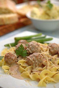 Easy Creamy Garlic and Mushroom Meatballs