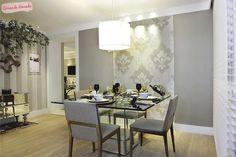 Rodape. jantar, sala, cinza, papel de parede, lustre