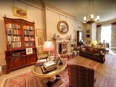 A new virtual tour of Prince Charles' London residence gives fans a rare glimpse into royal life Clarence House, Royal Residence, Royal Life, Small Dining, Story House, Prince Charles, Upholstered Furniture, Virtual Tour, England