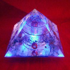 Orgonite Pyramid with light base - Shambala-orgonite.com