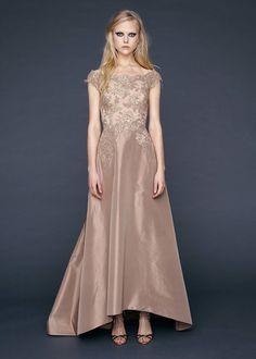 Reem Acra Pre-Fall 2016 Fashion Show