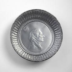 Increíbles retratos grabados en bandejas de aluminio