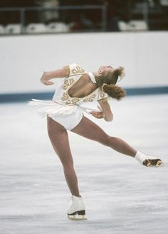 Photo of Tonya Harding's Skating Costumes Really Did Look Like That — Down to Every Sequin and Bead Tonya Harding, Ice Skating, Figure Skating, Kurt Browning, Us Olympics, Sports Figures, Celebs, Celebrities, Beautiful People
