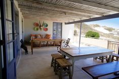 PRINGLE BAY Fabulous spacious covered veranda