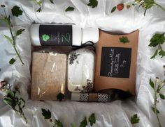 Z's Bath and Body Box BOX D Awesome as a gift for someone or just as a treat for yourself, this bath and body gift set has what you want. Included in this pack are a lip balm or butter, Our Signature