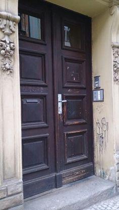 Nuestro puerta.