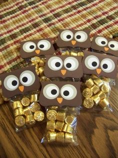 Thanks for giving a hoot! or Hoo loves ya? or Owl miss you! or Thank you wise one! or Hoo will be my Valentine? Great ideas for our Owl classroom! Owl Miss You, Holiday Crafts, Holiday Fun, Holiday Ideas, End Of School Year, Sunday School, Halloween Treats, Halloween Party, Halloween Bags