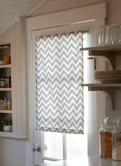 Window Coverings, Window Treatments, Cortina Roller, Rideaux Design, Diy Roman Shades, Home Alone, Valance Curtains, Family Room, Kids Room