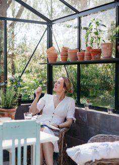 Daim-vadelmakakku - Uusi Kuu Kuu, Botanical Decor, Porch Swing, Plant Decor, Outdoor Furniture, Outdoor Decor, Plants, Home Decor, Flora