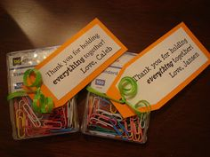 """Teacher appreciation gift idea- simple and useful! Cute paperclips and a tag that says """"Thank you for holding everything together."""" Would also be great for principal appreciation gift or counselor or school secretary! Volunteer Appreciation, Teacher Appreciation Week, Volunteer Gifts, Principal Appreciation, Staff Gifts, Student Gifts, Teacher Treats, Teacher Gifts, Teacher Stuff"""