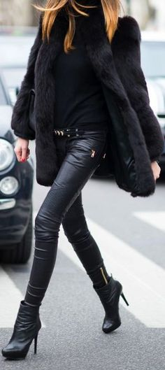 "leather-fashionista: "" Lather Fashion http://leather-fashionista.tumblr.com/ """