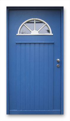 looking to paint my new front door. Front Door Decor, Front Doors, Light My Fire, House Doors, Happy Colors, Babys, Family Room, Home Improvement, New Homes