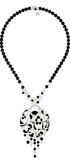 Chanel, Café Society ● Midnight necklace.. Click & see the entire collection on this fabulous blog ❤≻⊰✿⊱≺❤
