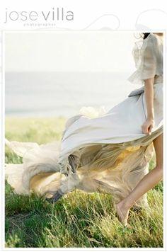 Greek Goddess Wedding Inspiration - Once Wed Miracle Woman, Poses, Fashion Fotografie, Grecian Wedding, Beige Wedding, Crystal Wedding, Mermaid Wedding, Luxury Wedding, Boho Wedding