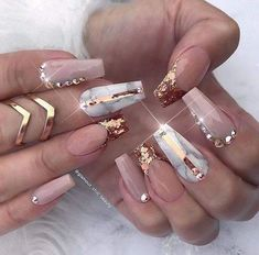 It's better to try marble nail designs. Simple black and white tones can make you look tasty and stand out from the many identical nails! Lime-and-white marble nail designs is like an ink lands Gem Nails, Bling Nails, Matte Nails, Stiletto Nails, Hair And Nails, Nail Gems, Acrylic Nails, Perfect Nails, Gorgeous Nails