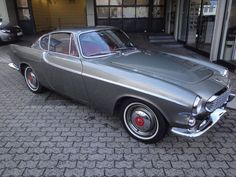 1960 Volvo P1800 Volvo Coupe, Volvo P1800s, Volvo Cars, Custom Vespa, Automobile, Classy Cars, Sweet Cars, Automotive Design, Car Photos