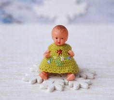 Miniature crochet   dress  for doll  2. Crochet by Creativhook