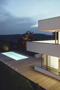 Outdoor pool and modern lines