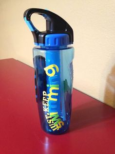 water bottle for swim team banquet basket Swimming Sport, Swimming Diving, Keep Swimming, Swim Coach Gifts, Swim Team Gifts, Big Sis Lil Sis Gifts, Swim Team Party, Team Snacks, Swimming Party Ideas