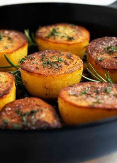 If you've wondered how to make Fondant Potatoes, you'll love this no-fail recipe! This classic French side dish is a recipe that's so simple, you'll learn it by heart. Step by step video guarantees you get it right the first time. Perfect side dish for date night and dinner parties. Party Side Dishes, Potluck Side Dishes, Side Dishes Easy, Quick Healthy Meals, Easy Meals, Healthy Recipes, French Side Dishes, Fondant Potatoes, Easy French Recipes