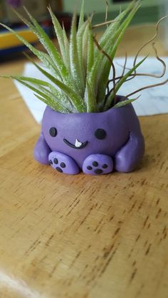 Tiny Flowerpot Monster : 9 Steps (with Pictures) - Instructables Polymer Clay Crafts, Diy Clay, Cute Polymer Clay, Diy Air Dry Clay, Air Drying Clay, Air Dry Clay Crafts, Keramik Design, Clay Art Projects, Cute Clay