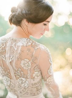 In love with this beaded BHLDN dress: http://www.stylemepretty.com/2016/05/05/the-wedding-photographer-didnt-show-up-heres-what-happened-next/ | Photography: Alisa Ferris - http://www.alisaferris.com/
