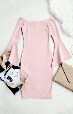 c451974fed994 #lovelulus Classy Dress, Pink Dress Casual, Pink Dress Outfits, Pink Dress  Shoes