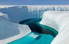 greenland-blue-river-4