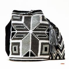 Cabo Wayuu Bag – WAYUU MOCHILA BAGS | Wayuu Tribe New York