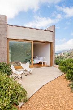 Toro Canyon House by Bestor Architecture in Santa Barbara County, California via @HomeDSGN