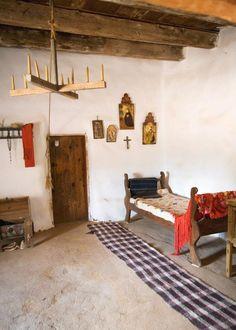 Old adobe bedroom from Rancho de las Golondrinas in Santa Fe