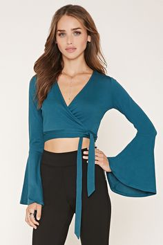 Bell-Sleeve Crop Top | Forever 21 - 2000171561