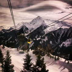Skiing In Austria Through Instagram Photos | The Travel Tester | www.thetraveltester.com