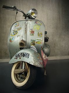 vespa!!! cool ride...