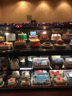 Cupcake Ideas, Cupcake Cakes, Cupcakes, Basket Weave Cake, Buttercream Cake Designs, Cute Bakery, Bakery Cakes, Pastry Cake, Round Cakes