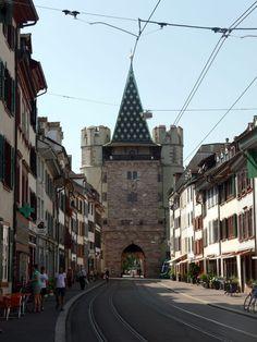 Katja Schmitt | A Day Trip to Basel | Tagestour nach Basel | Spalentor