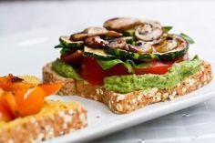 this vegan sandwich looks yum!