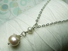 Hey, I found this really awesome Etsy listing at https://www.etsy.com/listing/58150317/titanic-pearls-white-pearl-necklace-drop
