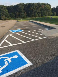 Handicap Parking Lot Striping in Farragut, TN 865-680-9225 Knoxville TN Pavers
