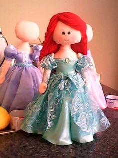 by Angela Pedroso: Boneca de pano princesa disney Ariel