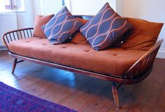 Vintage Ercol Daybed ARE THERE ANY IN U.S.?