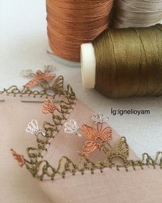 Tek renk yazma oyası Star Stitch, Chain Stitch, Left Handed Crochet, Reuse Old Clothes, Butterfly Stitches, Crochet Bikini Bottoms, Lace Bag, Bead Crochet Rope, Newborn Crochet