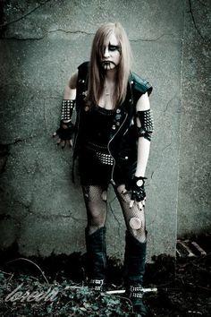 Metal Girl, Metalhead, Black Metal, Goth, Punk, Girls, Style, Fashion, Gothic