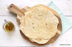 Zelf maken is zoveel lekkerder! Bijv. deze tortilla wraps van speltbloem, hierna wil je nooit meer anders! Speltbloem, water en olie, that's it!