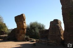 Vallei dei Temple Agrigento A Unesco world heritage site Heritage Site, Cool Places To Visit, Trekking, Mount Rushmore, Europe, World, City, Travel, Viajes
