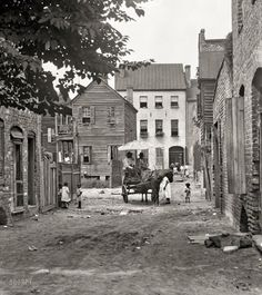 "Charleston, South Carolina, circa ""Street scene with horse and wagon. inch nitrate negative by Arnold Genthe Charleston, South Carolina, circa ""Street scene with horse and wagon. inch nitrate negative by Arnold Genthe Vintage Pictures, Old Pictures, Old Photos, Us History, Black History, American Civil War, American History, Shorpy Historical Photos, Historical Pictures"