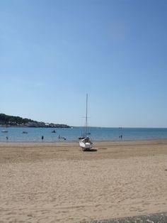 Instow, North Devon, England #bestbeaches #holidaycottages www.holidaycottages.co.uk/holidays/devon/north-devon/bideford